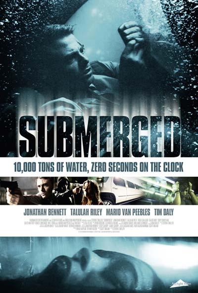 Submerged Film Movie Poster Design 2015 Drame Thriller